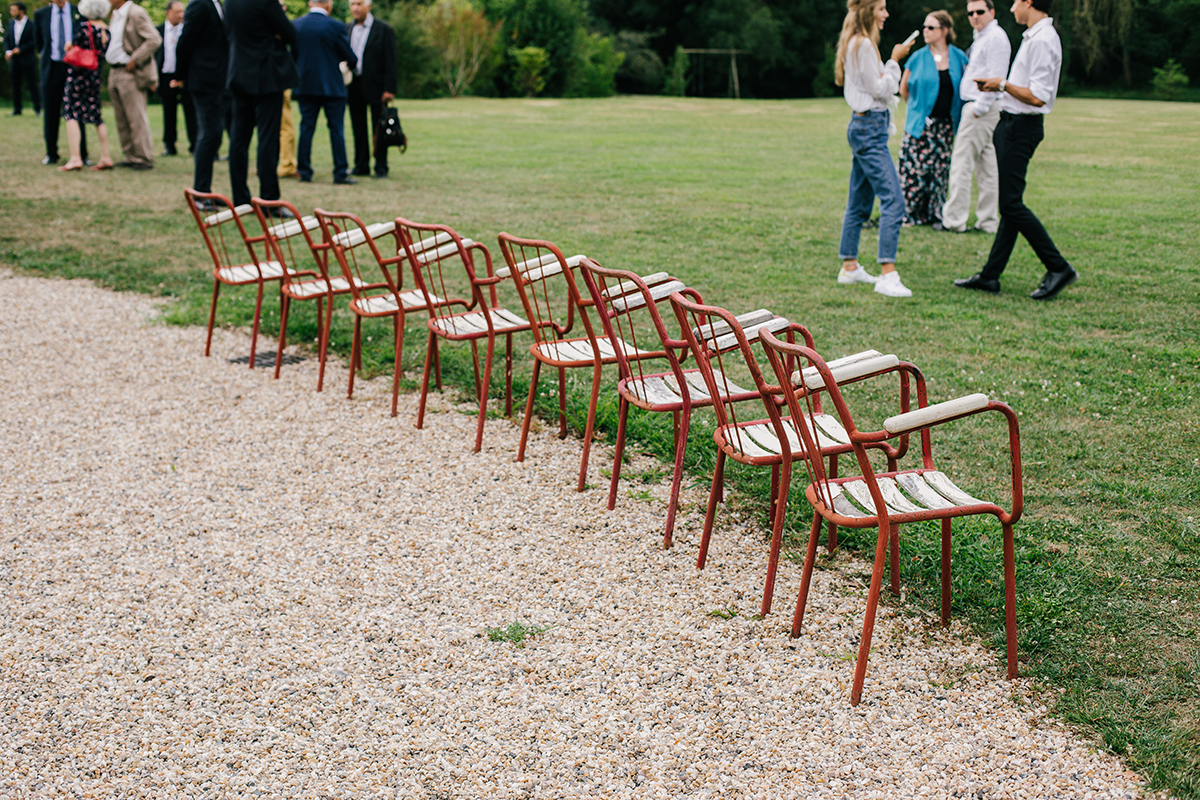 vintage chairs at gaztelur wedding venue